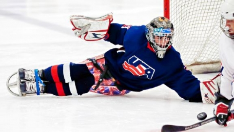 image stevecash_usahockey_action-jpg